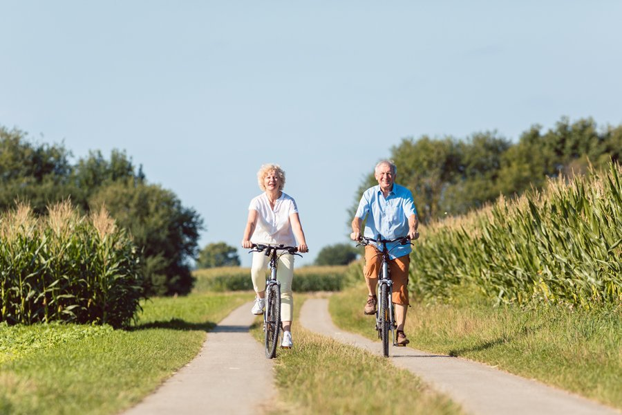 Top reasons for getting on your (electric) bike when you get older